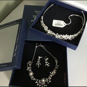 Tiara and necklace and earrings wedding set